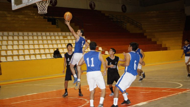 Básquet. The Avengers clasifica a los Playoffs final