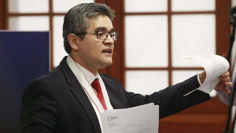 José Domingo Pérez no plagió su tesis, confirma universidad